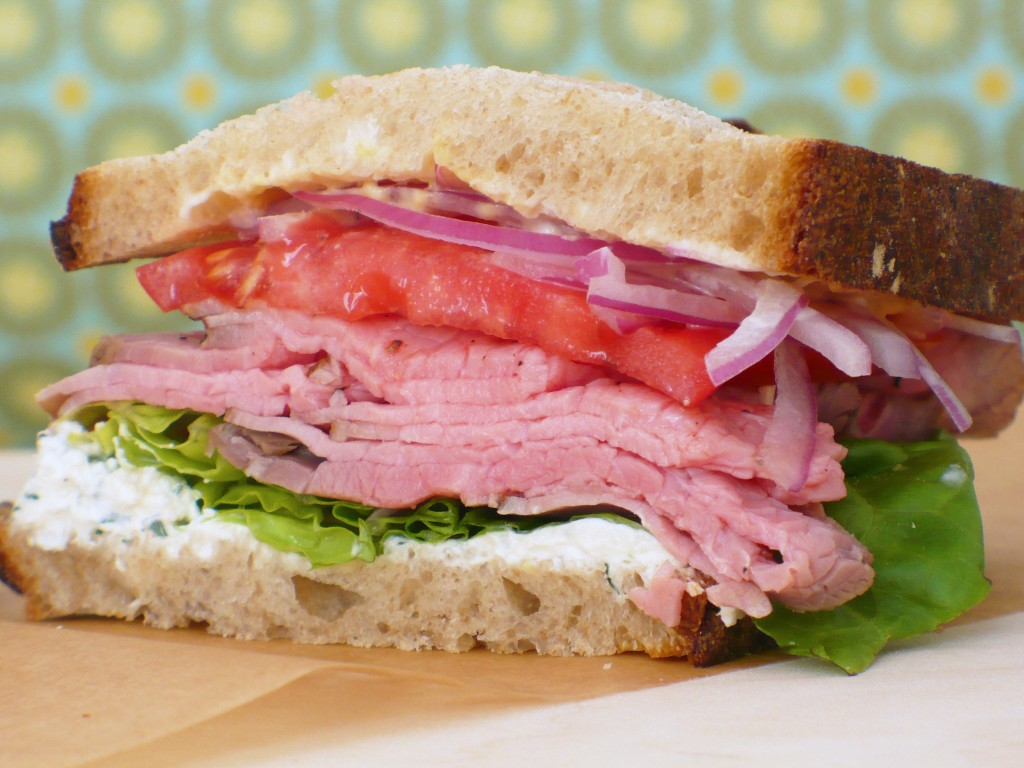 ROAST BEEF SANDWICH WITH DILL HORSERADISH SPREAD | Food ...
